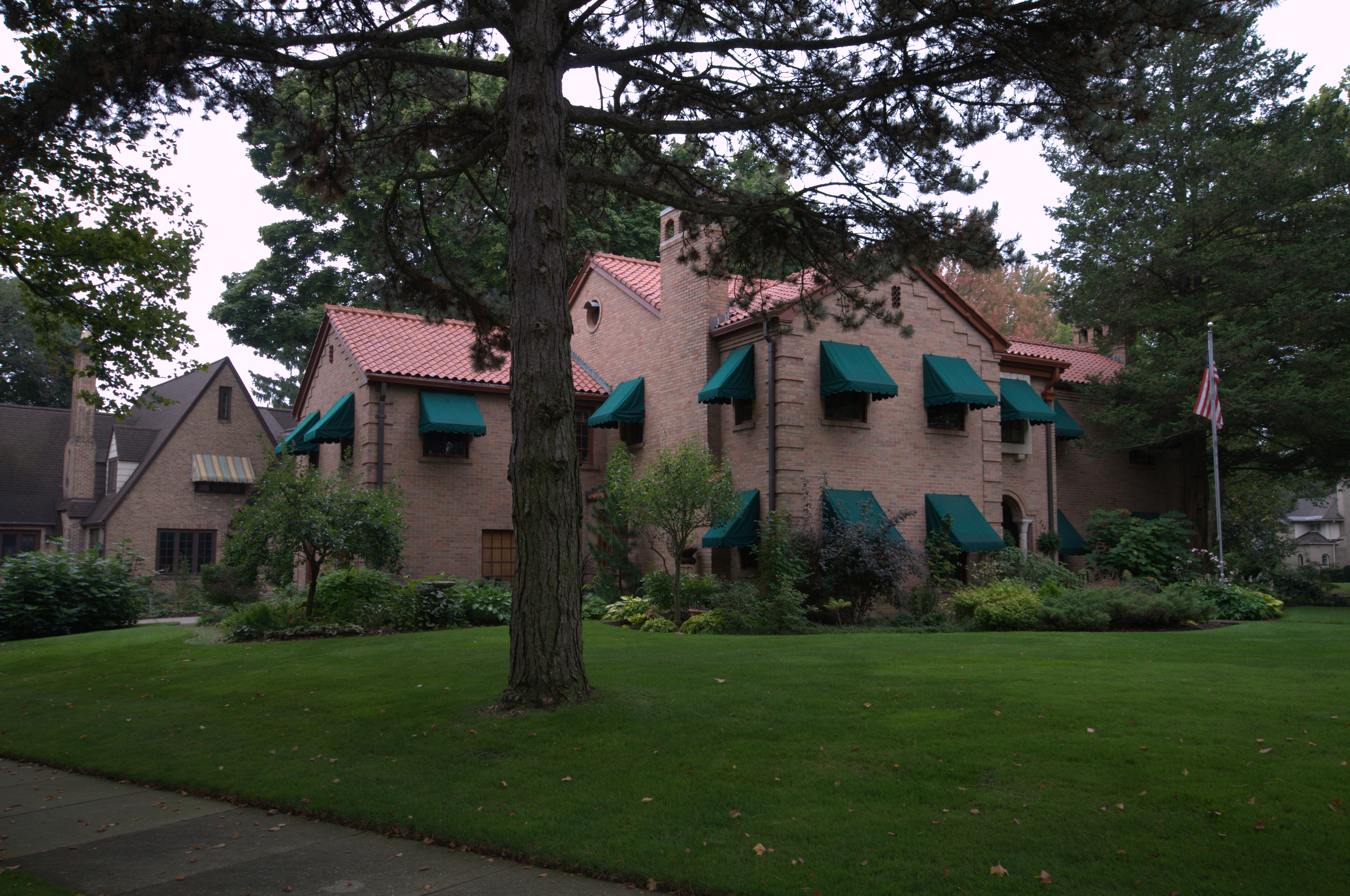 Residential Awnings In Grand Rapids