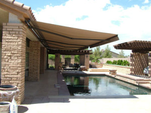 Grand Rapids Retractable Awning